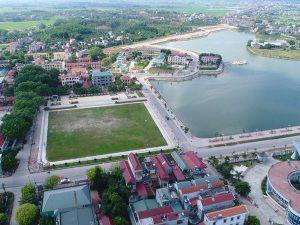 Toàn cảnh thị trấn Đồi Ngô